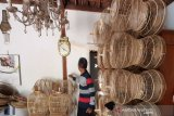 Warga Semanu  gantungkan hidup pada kerajinan sangkar burung