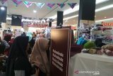 ACT mengajak pengunjung Hello Market galang kepedulian