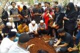 Ingin tahu kronologis kematian Akbar Alamsyah, keluarga siap terima bantuan hukum