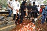 Demo 25 September, Keluarga pastikan Akbar Alamsyah hanya menonton demo