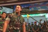 Dandim Kendari dicopot gara-gara postingan nyinyir istrinya terkait penusukan Menkopolhukam Wiranto