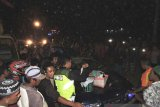 Korban mobil tertimpa pohon di Situbondo jadi empat orang