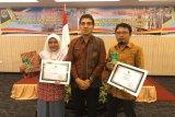 Harian Rakyat Sumbar terima Anugerah Literasi