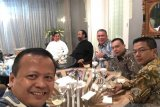 Prabowo Subianto disambut di kediaman Surya Paloh