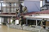 Jepang kerahkan militer ke Tokyo,   23 orang tewas akibat topan