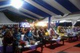 Pakaian adat daerah mewarnai pembukaan Baubau Expo