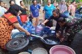 Kodim Cilacap bantu air bersih untuk warga Dusun Kaliaru