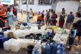 Lombok Tengah alami krisis air bersih akibat kemarau