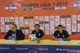 Lawan Persija, Pelatih Semen Padang: pertandingan biasa