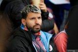 Penyerang Manchester City Sergio Aguero mengalami kecelakaan mobil