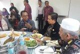 Wali kota Ibnu Sina ajak warga Banjar Malaysia jenguk banua