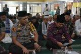 Jelang pelantikan Presiden Indonesia, warga Garut doa bersama