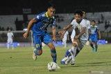 Persib Bandung memperpanjang kontrak Omid Nazari satu musim