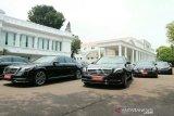 Mobil VVIP disiapkan untuk tamu negara acara pelantikan Presiden