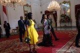 Gaun  Putri Eswatini menarik perhatian saat ke Istana Merdeka