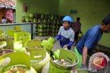 Legislator Padang minta Pertamina tindak tegas pangkalan nakal di Padang