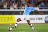 City bentengi Sterling dengan kontak baru untuk bungkam rayuan Madrid