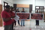 Masyarakat adat gelar aksi protes ke Dinas Kehutanan Papua