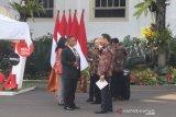 Calon menteri dan pejabat berdatangan ke Istana Kepresidenan