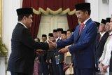 Menteri BUMN Erick Thohir dilantik, tiga sahamnya merosot