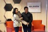 Rini Soemarno  berpesan agar Erick Thohir tuntaskan holdingisasi BUMN