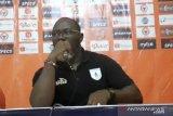 Liga 1 -- Pelatih Persipura sebut timnya beruntung menang di Padang