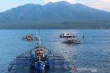 Kapal PSDKP Tahuna tangkap tiga kapal nelayan Filipina