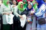 IIDI bagikan 1.000 tas kain untuk kurangi sampah plastik