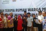 Mahyeldi resmikan bantuan rumah warga Minang korban tsunamiLampung