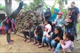 Menari, Pesona Hidup Dusun Tanon