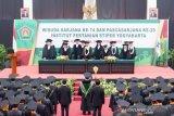 48 calon wisudawan Instiper Yogyakarta merupakan penerima beasiswa ikatan dinas