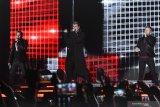 Backstreet Boys ajak penggemar untuk 'throwback'
