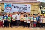 ACT Sumsel salurkan  satu ton beras ke pondok pesantren di Ogan Ilir