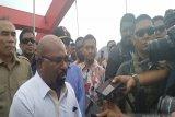Gubernur Papua minta Luhut ikut menawarkan investasi PLTA Mamberamo