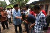 Nasrul Abit Salurkan Bantuan Bagi Korban Tragedi Kemanusiaan Wamena