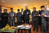 DPRD Jateng beri kejutan Ganjar sebelum rapat paripurna