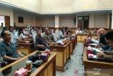 DPRD Kulon Progo diminta tegas membela petambak udang (VIDEO)