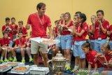 Federer raih gelar ke-103 di Basel, namun tak yakin ikuti Paris Masters