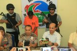 Sabu-sabu 2 kilogram dari Pekanbaru berhasil disita di bus antar provinsi di Sarilamak