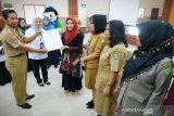 12 sekolah di Kotim diberi penghargaan keamanan pangan kantin