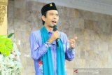 Ustadz Abdul Somad ceraikan istrinya