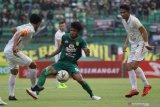 Kapten PSS Sleman Bagus Nirwanto terus beradaptasi dengan pelatih baru