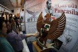 Pameran museum goes to campus