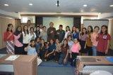 Puluhan mahasiswa Kota Kupang terima bantuan beasiswa unggul