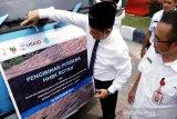 Gubernur lepas pengiriman perdana HHBK rotan ke Cirebon