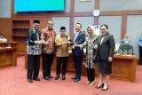 Muhaimin Iskandar lantik pimpinan Komisi X DPR
