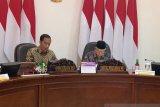 Presiden Jokowi minta Nadiem perhatikan kualitas pendidikan di luar Jawa
