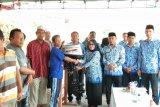 Dinas Kelautan dan Perikanan Mataram menyalurkan bantuan mesin ketinting