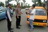 Operasi Zebra Polresta Padang kandangkan tujuh angkot dan tilang 50 sopir