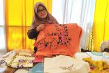 Industri Kecil Menengah hasilkan sulam ulat khas Kabupaten Mesuji